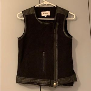 Faux leather and cotton vest